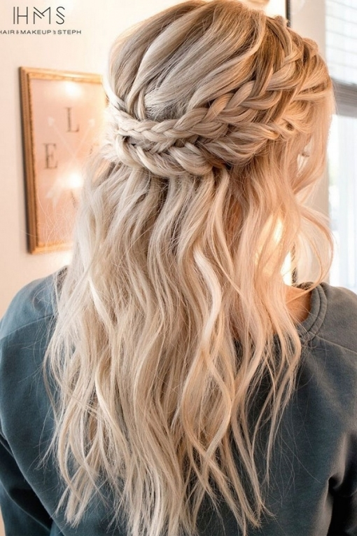 15 Chic Half Up Half Down Wedding Hairstyles For Long Hair pertaining to Wedding Half Up Half Down Hair