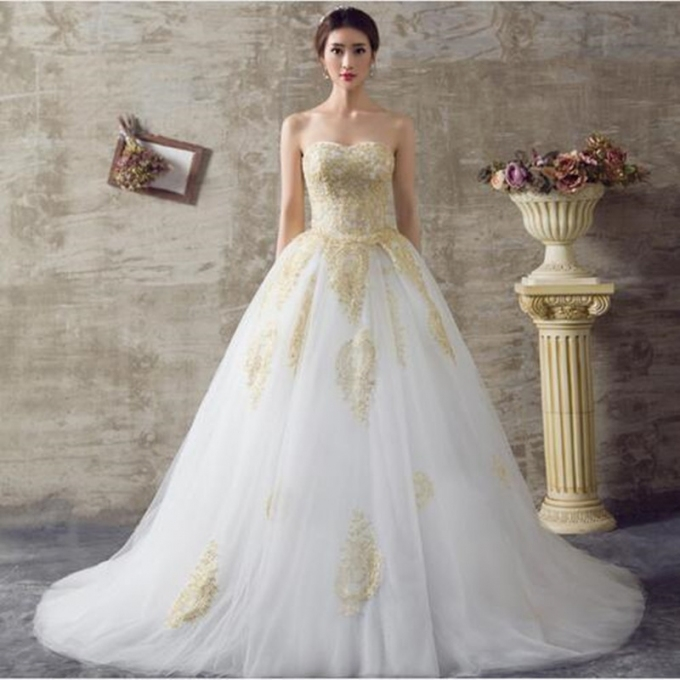 2016 White And Gold Wedding Dresses A Line Sweetheart Lace Up Back With Regard To White And Gold Wedding Dress