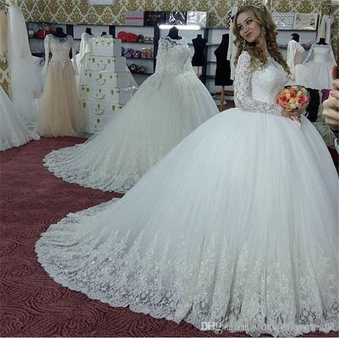 2019 Princess Ball Gown Wedding Dresses Vintage Long Sleeves Arabic Throughout Beautiful Princess Style Wedding Dresses Fg8