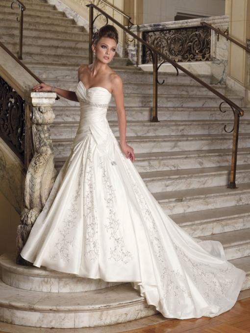 Cheap Wedding Dress For Sale   Women's Style In Wedding Dresses For Cheap