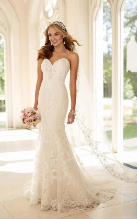 Fit And Flare Strapless Wedding Dress I Stella York Wedding Gowns Throughout Strapless Wedding Dresses