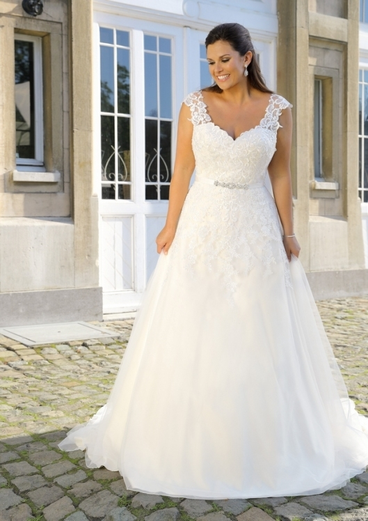 Inspirational Plus Size Wedding Dress kc3