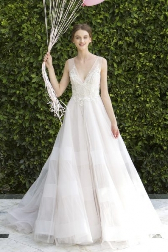 Luxury Monique Lhuillier Wedding Dress Price List