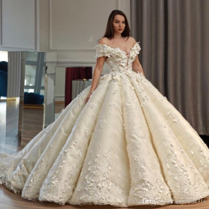 Saudi Dubai Princess Wedding Dress Off Shoulder Beads 3D Floral With Princess Wedding Dresses