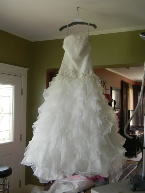 Should I Keep Or Sell My Wedding Dress? Pertaining To Sell Wedding Dress