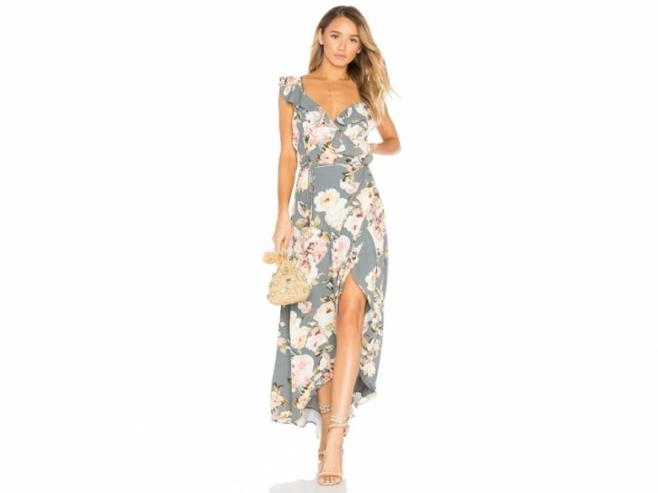 Beautiful Dresses To Wear To A Summer Wedding ty4