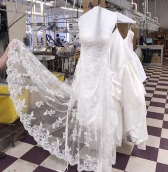 Wedding Gown :: Inside Unique Wedding Dress Cleaning Dt3