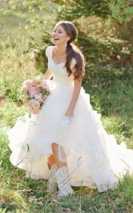 Western Bridal Dresses, Country & Rustic Wedding Gowns | Dressafford Regarding New Western Style Wedding Dresses Dt3