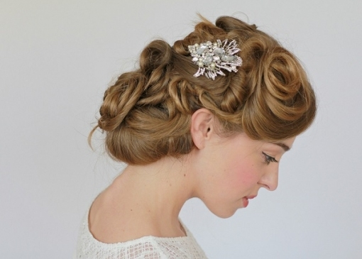 10 Creative Something Old Items For Brides within Vintage Wedding Hair Piece