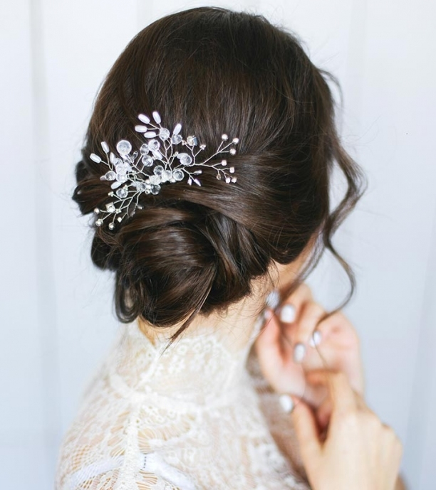 10 Gorgeous Wedding Updos For Short Hair throughout Inspirational Wedding Hair Pics fg8