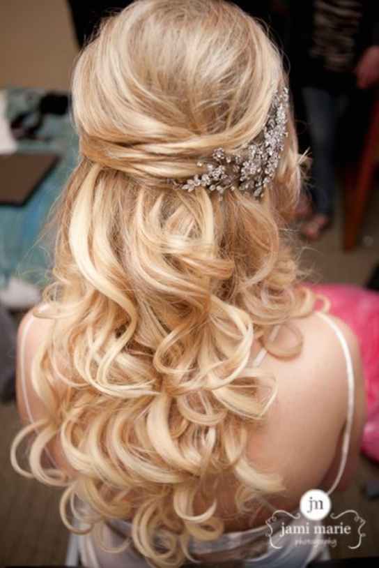 15 Fabulous Half Up Half Down Wedding Hairstyles With Awesome Half Updos For Long Hair Wedding Kc3