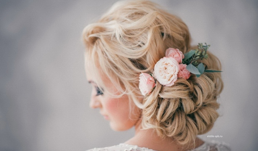 20 Elegant Wedding Hairstyles With Exquisite Headpieces | Tulle Within Elegant Wedding Hair
