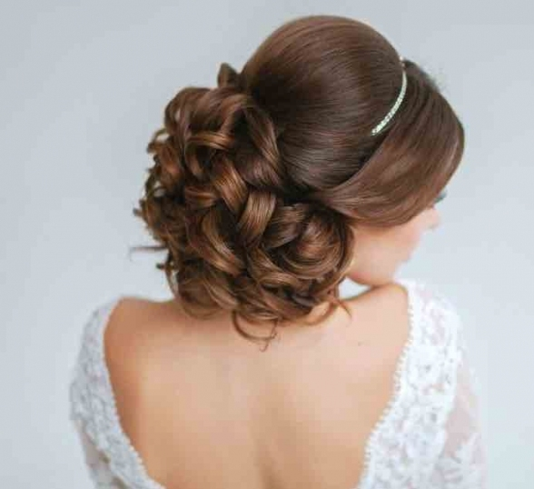 21 Classy And Elegant Wedding Hairstyles   Modwedding Within Elegant Wedding Hair