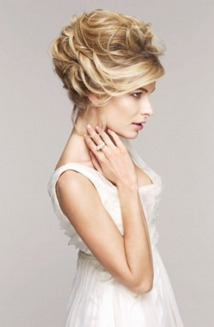 35 Amazing Wedding Hair Updo Ideas - Weddingomania in New Sexy Wedding Hair klp8