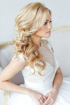 72 Best Wedding Hairstyles For Long Hair 2018 | Wedding Forward Throughout Waterfall Braid Wedding Hair