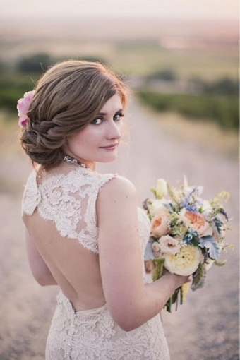 Lovely Hair Styles For A Wedding dt3