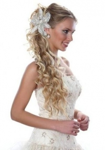 Curly Wedding Hairstyles 2012 Are Great Option For The Bride Within Sexy Wedding Hair