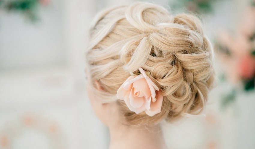 Elegant Wedding Hairstyles Part Ii: Bridal Updos | Tulle & Chantilly pertaining to Beautiful Elegant Wedding Hair df9