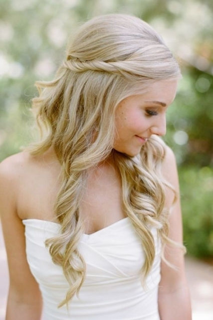 Half Up Wedding Hairstyles With Veil   Hairstyle For Women & Man For Wedding Hair Half Up With Veil