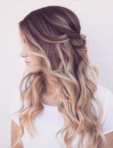 Sexy Waves - Wedding Hair Ideas For Brides Who Don't Want An Updo pertaining to New Sexy Wedding Hair klp8
