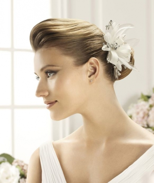 Stylish Wedding Hair Accessories Archives   Weddings Romantique Throughout Elegant Vintage Wedding Hair Piece Dt3