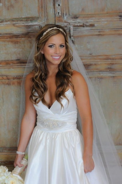 Such A Pretty Hair Half Up Look With Headband And Natural Wedding Inside Elegant Wedding Hair Half Up With Veil Sf8