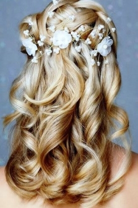 Swoonworthy Braided Wedding Hairstyles | I Think I Wanna Marry You Intended For Lovely Waterfall Braid Wedding Hair Fg8