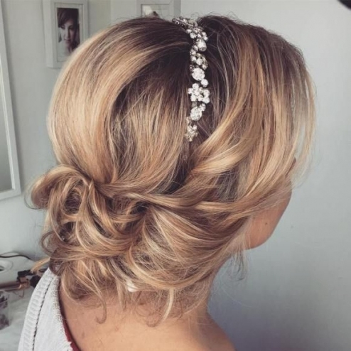 Top 20 Wedding Hairstyles For Medium Hair #2783640   Weddbook Inside Luxury Wedding Hair For Medium Hair Dt3