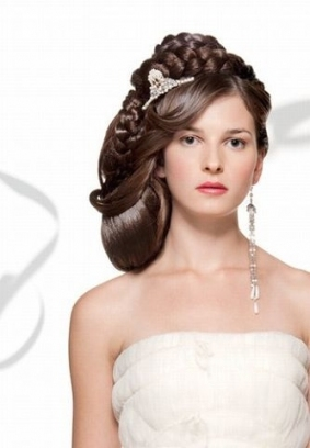 Unique Wedding Hairstyle With Ornament #hot #sexy #hairstyles pertaining to Sexy Wedding Hair