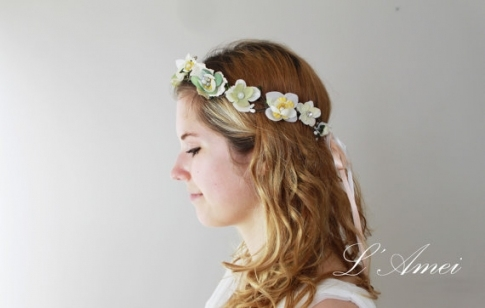 Vintage Style Floral Crown Tiara, Ivory Rhinestone Flower Wreath Intended For Elegant Vintage Wedding Hair Piece Dt3