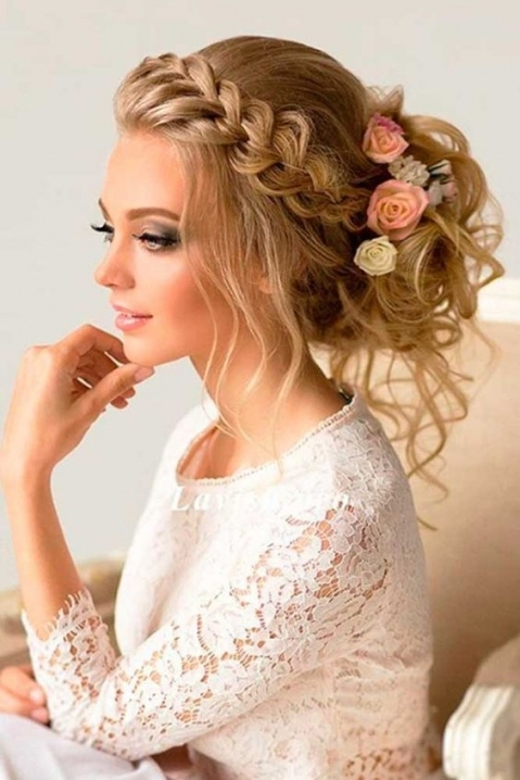 30 Greek Wedding Hairstyles For The Divine Brides | Hairstyles For Inside Wedding Hair Makeup