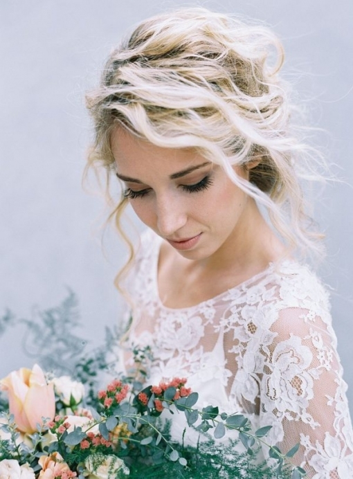 Modern And Minimalist Bridal Hairstyles You'll Swoon Over For Best Of Modern Wedding Hair Sf8