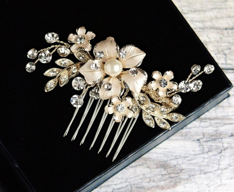 Pearl Hair Comb, Crystal Bridal Hair Comb, Wedding Hair Comb, Bridal With Pearl Hair Comb Wedding