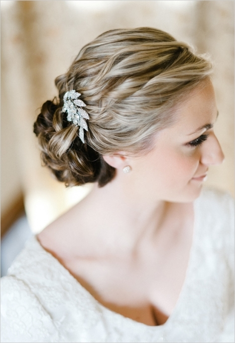 Picture Of How To Choose Wedding Hair Accessories Intended For Luxury Hair Jewelry Wedding Klp8
