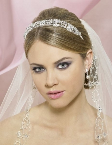 Wedding Hairstyles For Short Hair With Tiara And Veil   Wedding In Wedding Hairstyles For Short Hair With Veil
