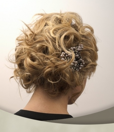 10 Pretty Wedding Updos For Short Hair   Popular Haircuts With Regard To Short Hair Updo For Wedding