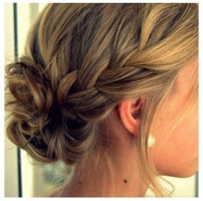 20 Chic Bridesmaid Hairstyles For Medium Length Hair | New Love Times Inside Best Of Wedding Hairstyles For Medium Hair Ty4